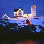 Christmas-at-Nubble-Light