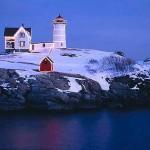 Holiday-Season-at-Nubble-Light