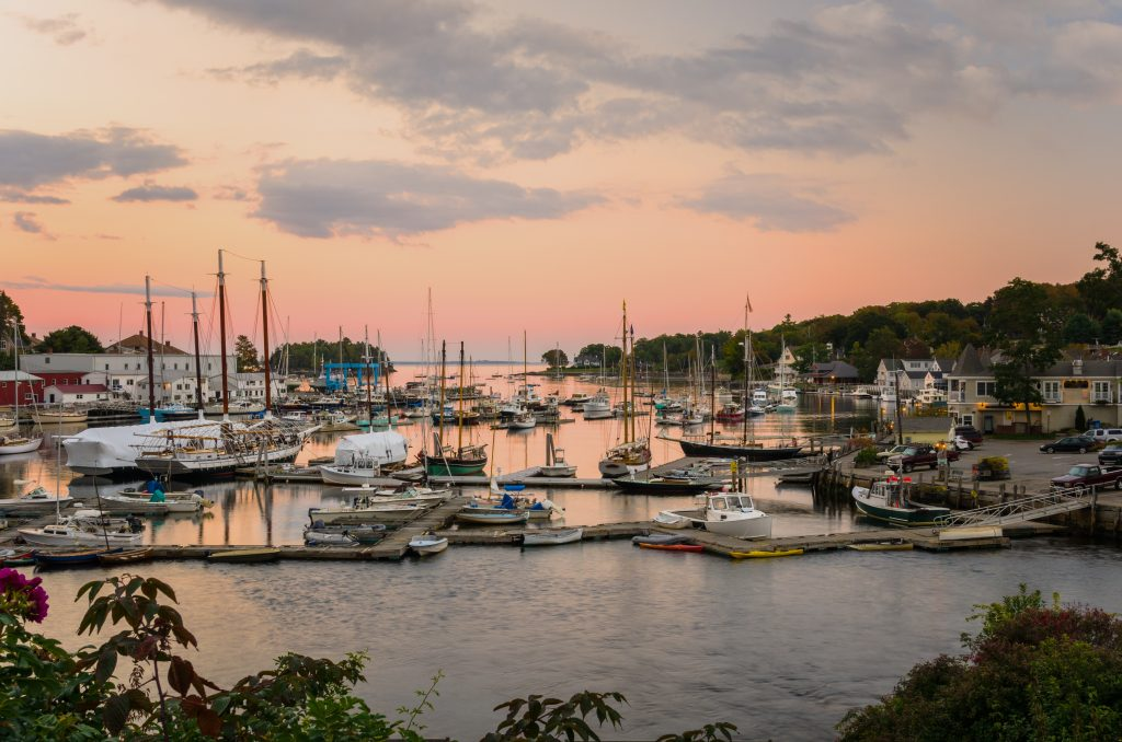 5 of the Most Romantic Places in Maine for a Weekend Getaway